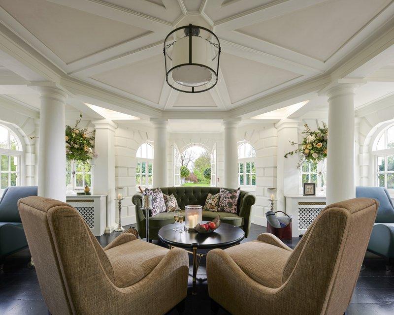 Temple Guest Lounge