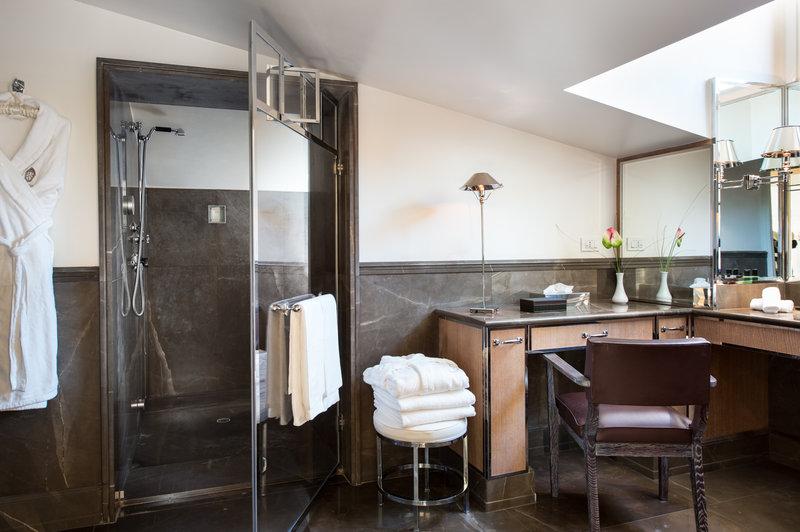 Apartment Lorenzo Il Magnifico Bathroom