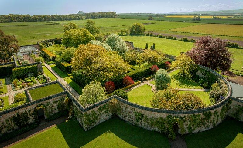 Greywalls' Gardens