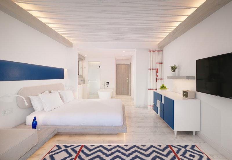 Secret 3 Bedroom Pool Maisonette