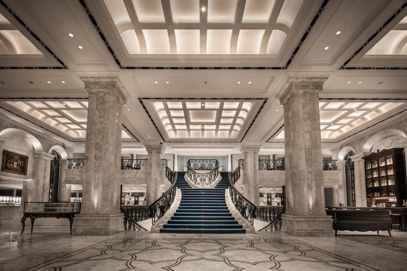 Lobby – Staircase