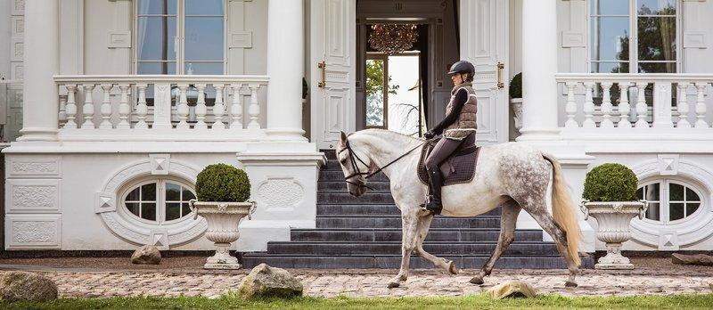 House Riding