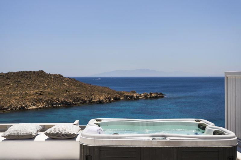 Signature Sea View Jacuzzi Villa