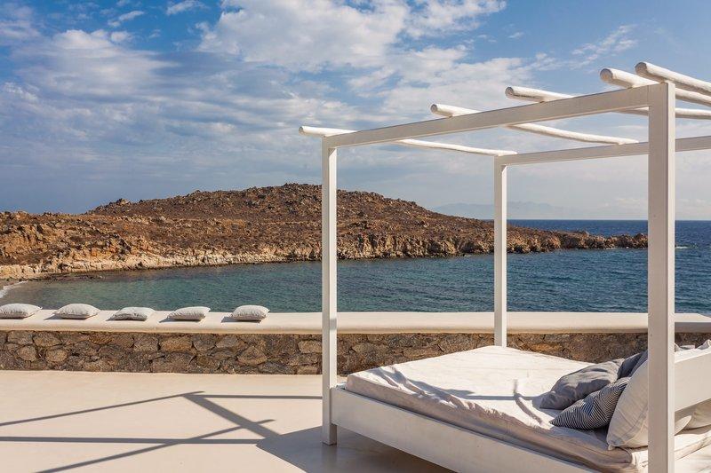 Majestic Beachfront Infinity Pool Villa