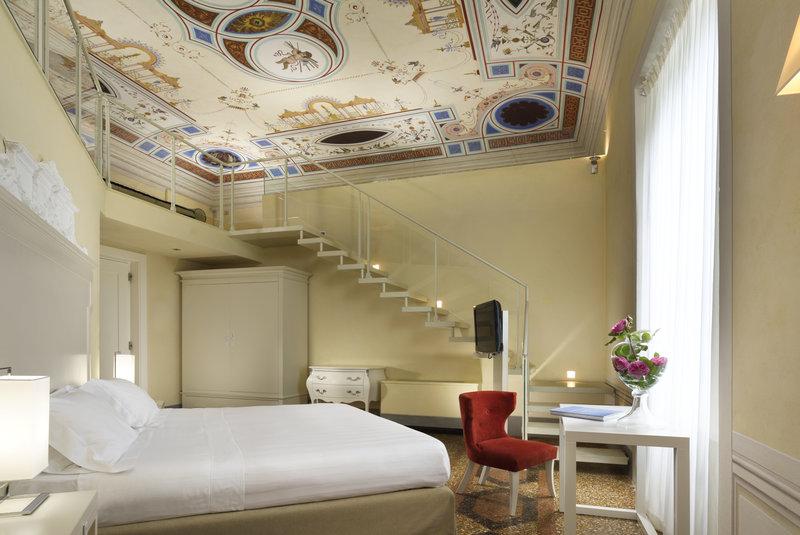 Junior Suite Main Villa Connected Rooms