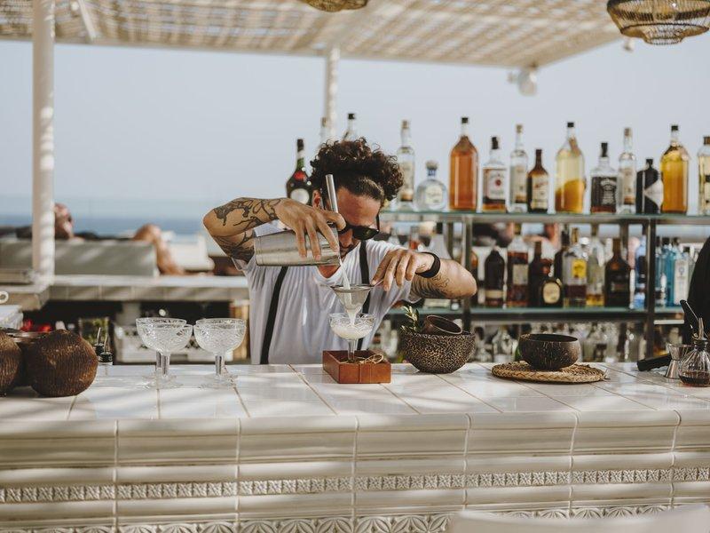 Maymanta Rooftop Bar