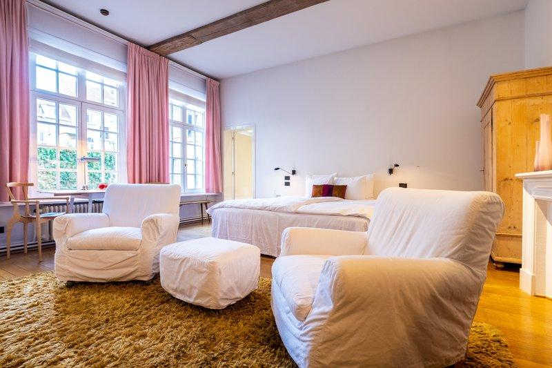 Classic Room 2