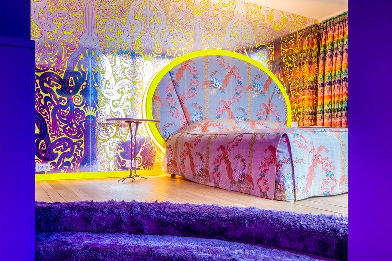 Deluxe Room 10