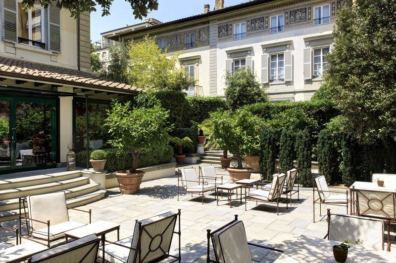 Urban Garden Regency