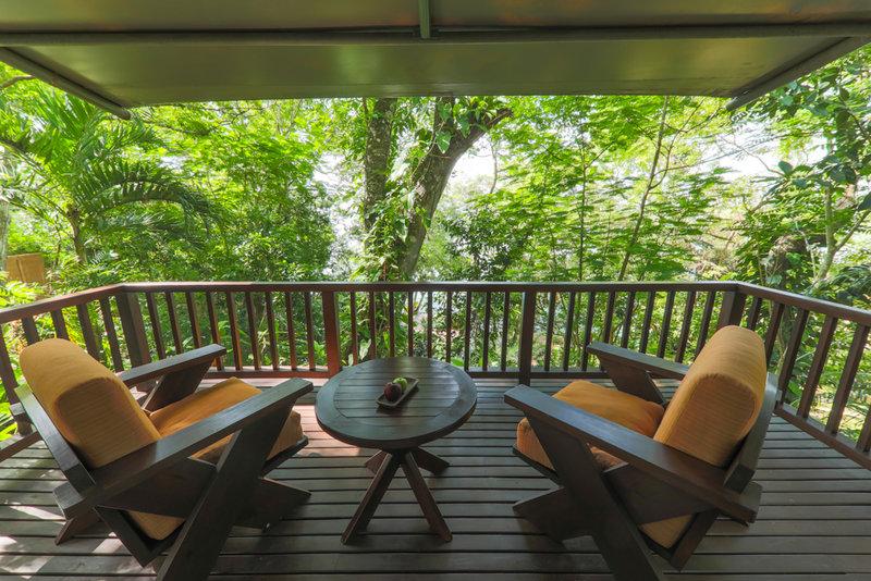 Vista Balcon Garden Suite