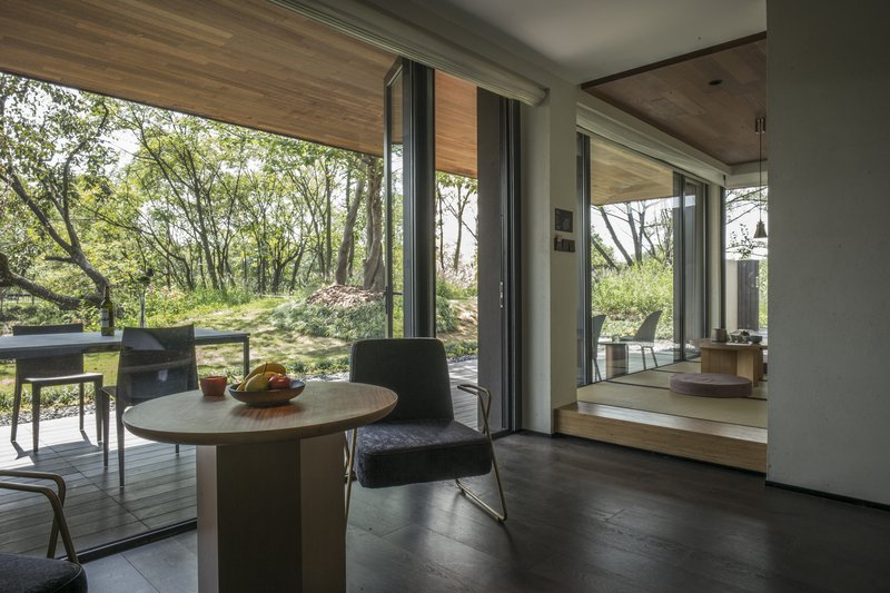 Courtyard Suite Thick Forest View With Tatami
