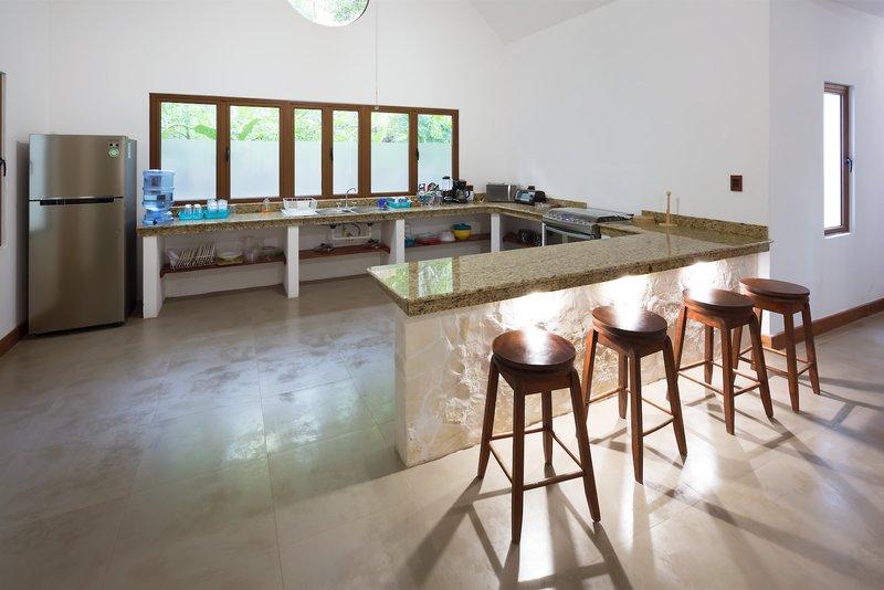Deluxe Villa - Kitchen