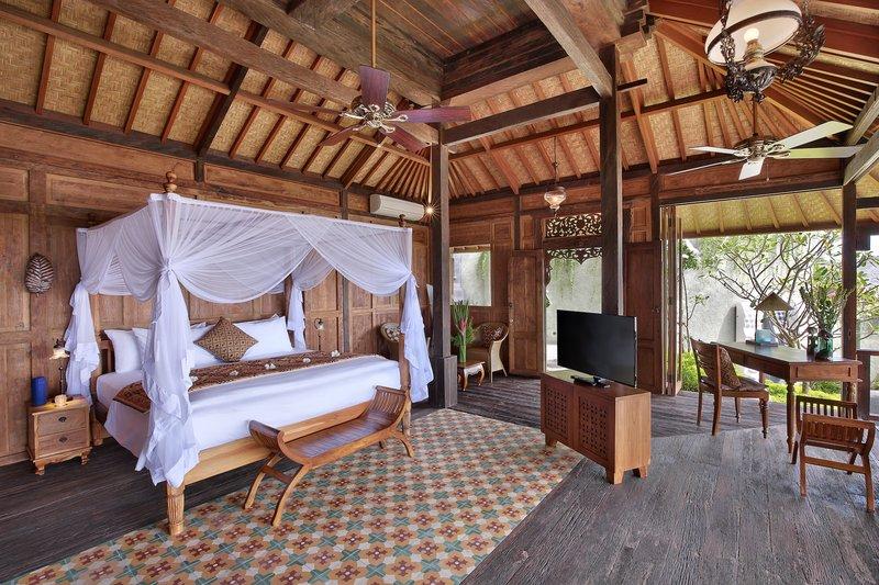 Studio Ocean View Jacuzzi Villa - Joglo Bedroom