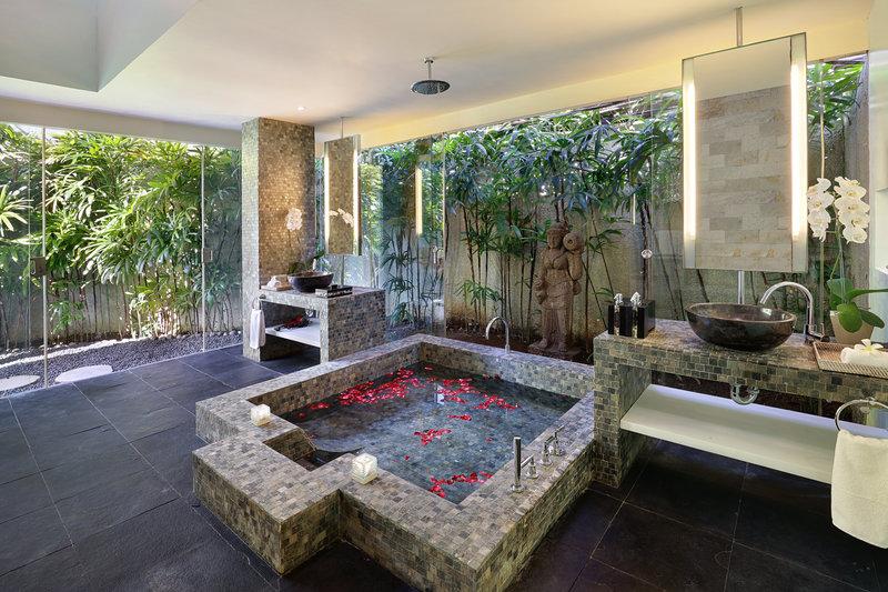 Three Bedroom Ocean View Pool - Bathroom