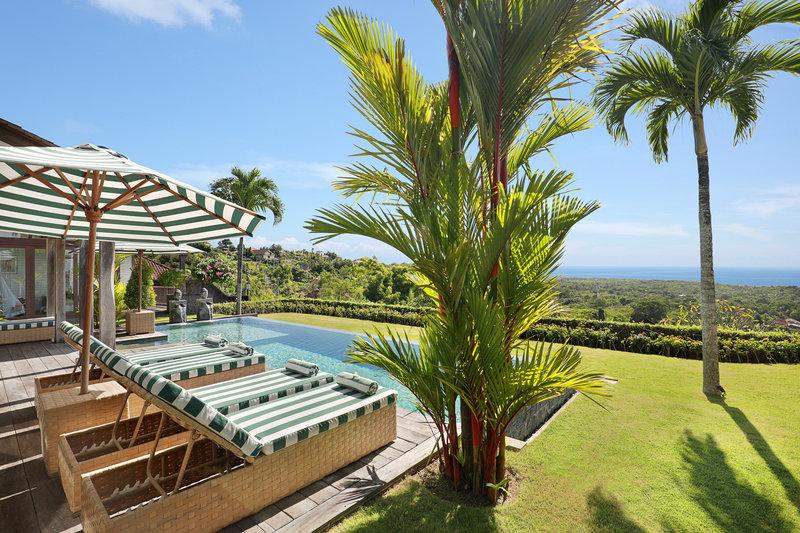 Three Bedroom Ocean View Pool - View