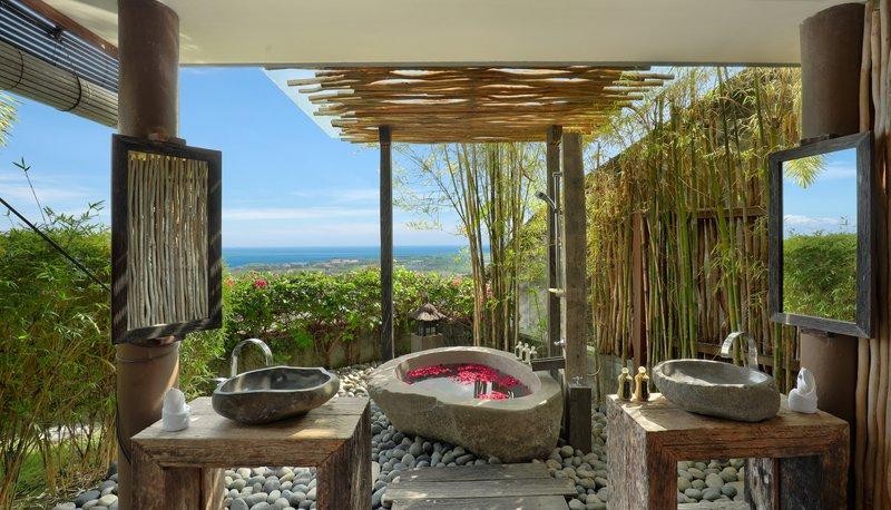 Five Bedroom Ocean View Pool Villa - Bathroom