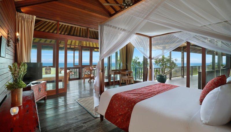 Five Bedroom Ocean View Pool Villa - Raja Bedroom