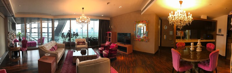Suite With Terrace-livingroom 1