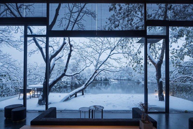 Lobby Snow View