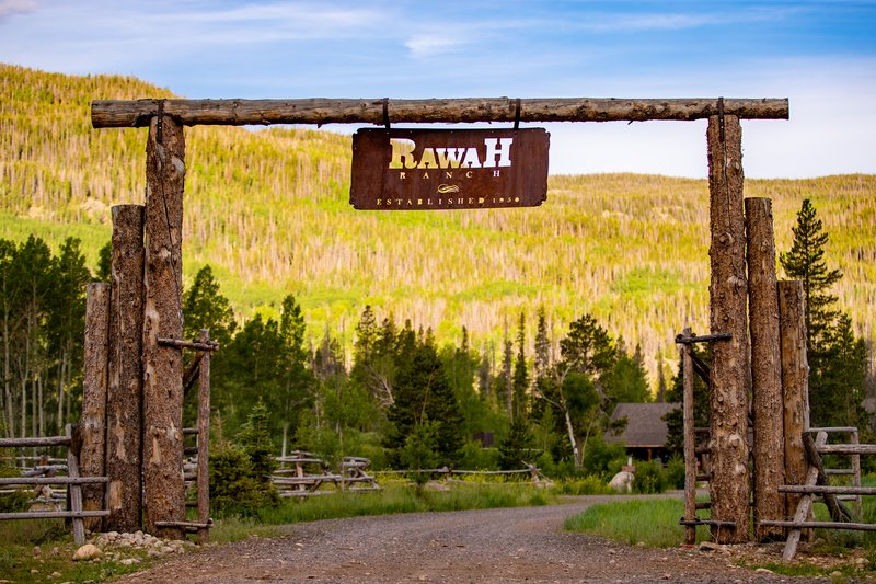 Rawah Ranch Entrance Sign