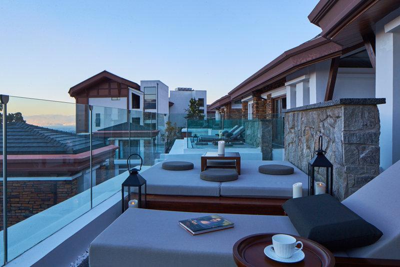 Erhai View Villa