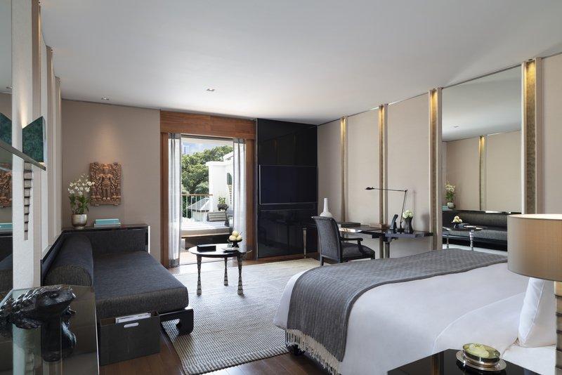 Club Balcony Room Bedroom