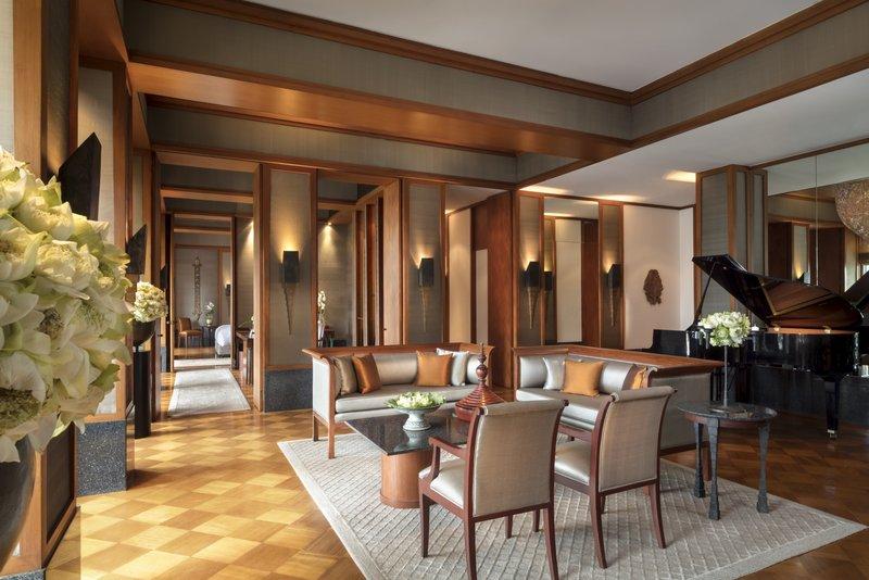 Sukhothai Suite Living Room
