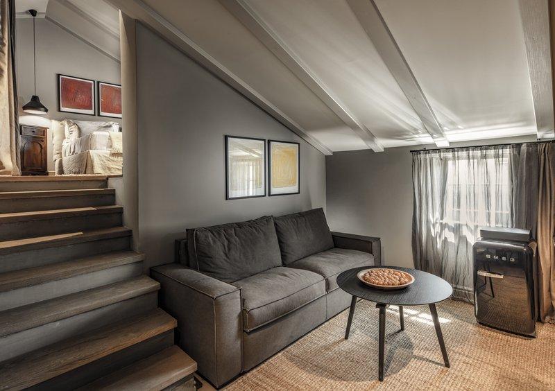 Romantic Suite Living Room