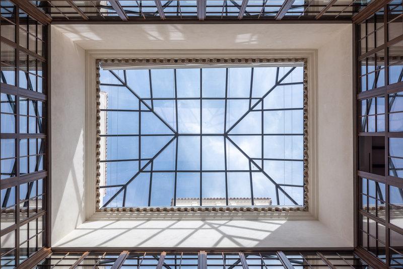 Balausta Skylight