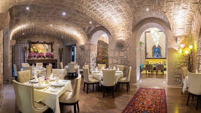 Soledad Dining Room Pano