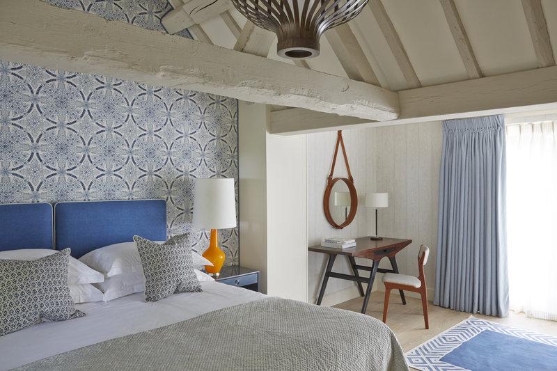Splendid Room