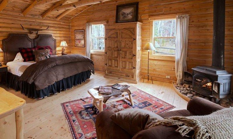 Cowboys Cabin