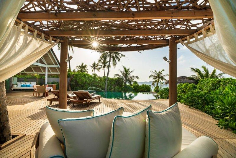 Beach Residence Deck