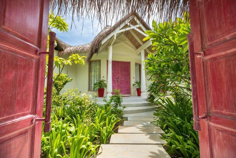 Beach Residence Entrance