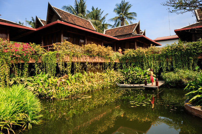 Hotel Lotus Pond