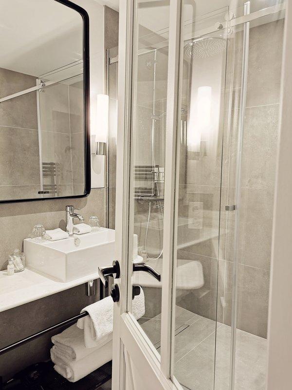 Rivage Bathroom