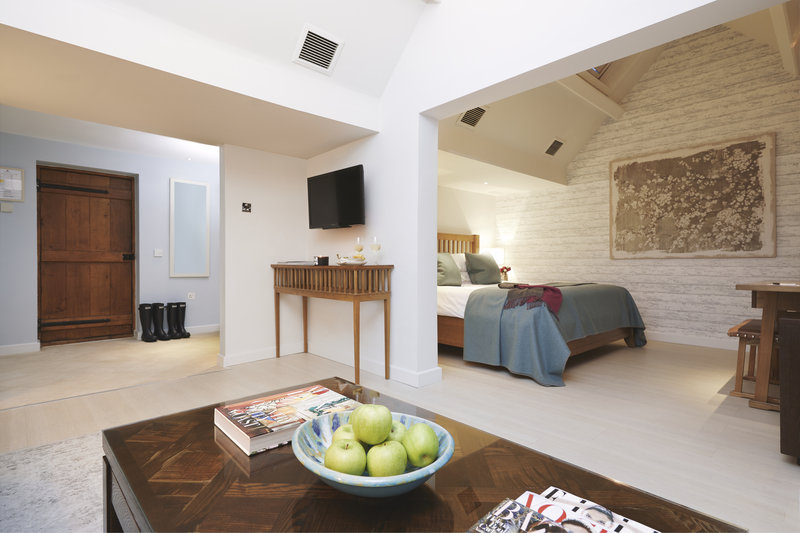Spacious King Bedded Suite