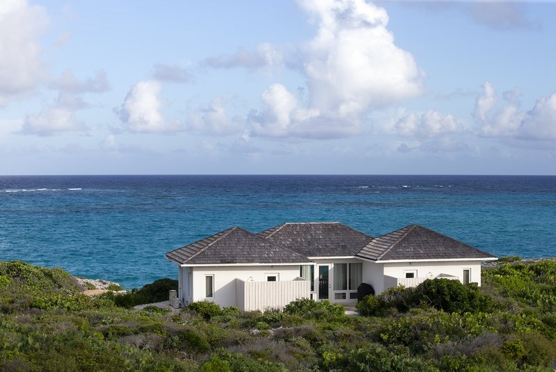 Two Bedroom Peninsula Oceanfront Reef Villa
