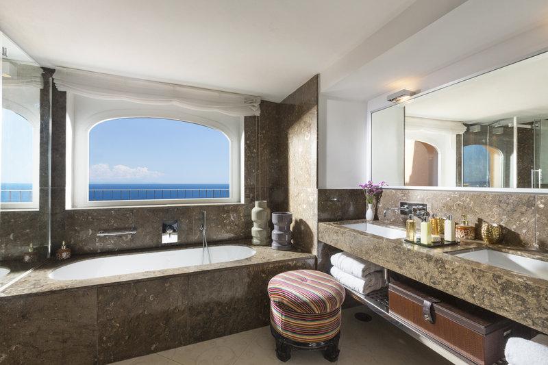 Monacone Bathroom