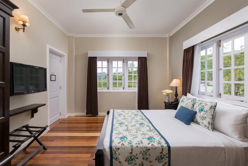 Deluxe Bedroom Day View
