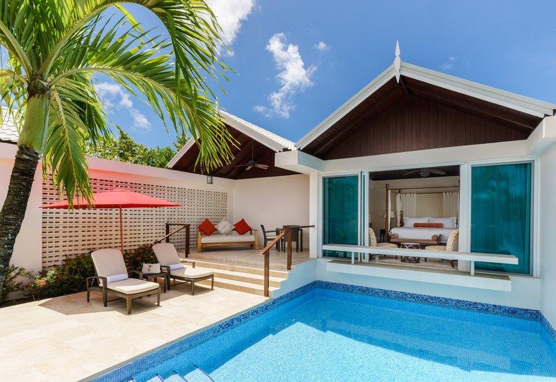 Luxury Almond Pool Suite Exterior