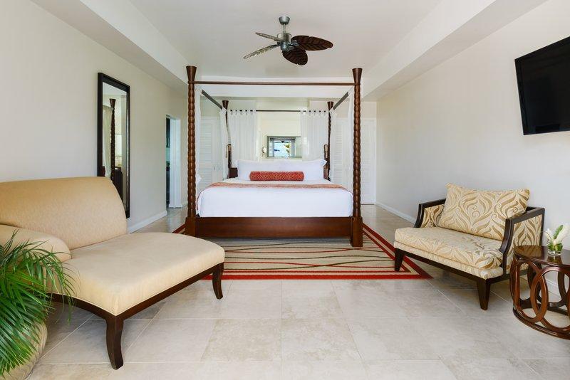 Royal Cinnamon Saffron Beach Suite Bedroom