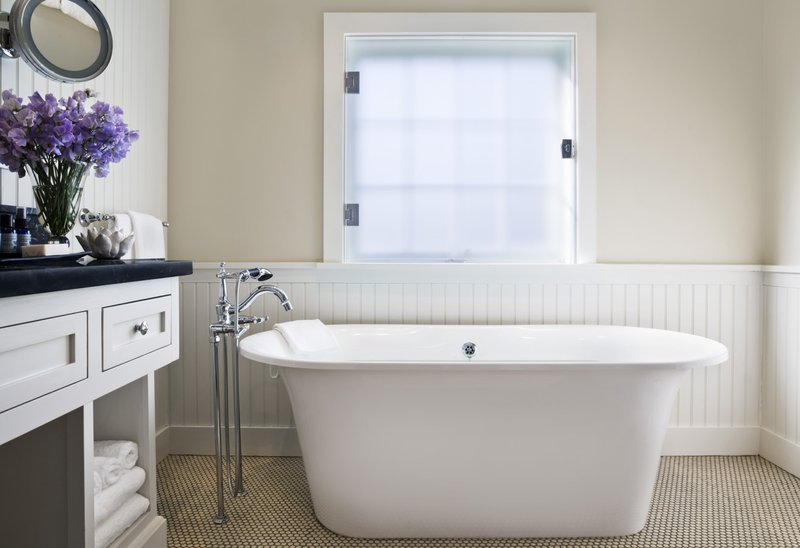 House Suite Tub L