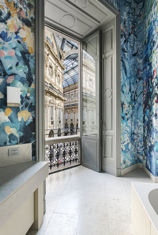 Palace bathroom