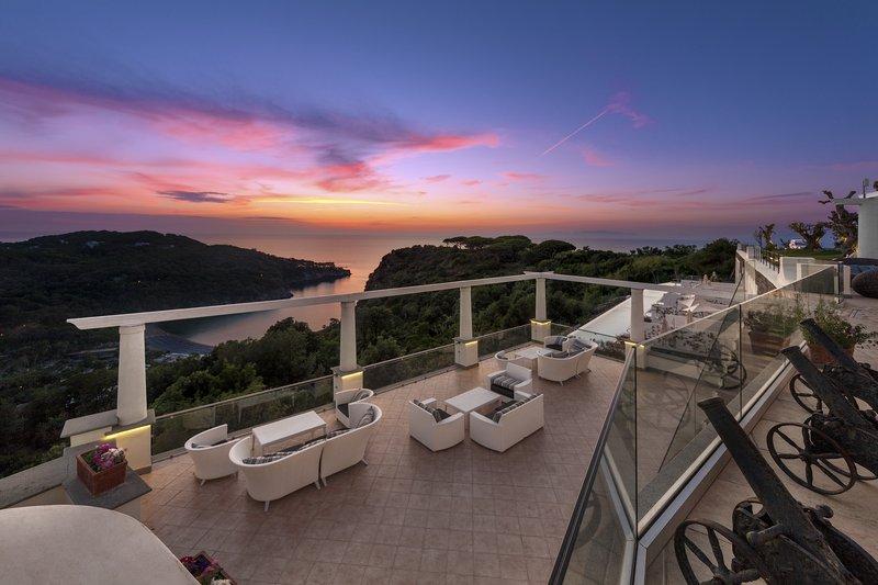Pomodorino Terrace Blue Sunset