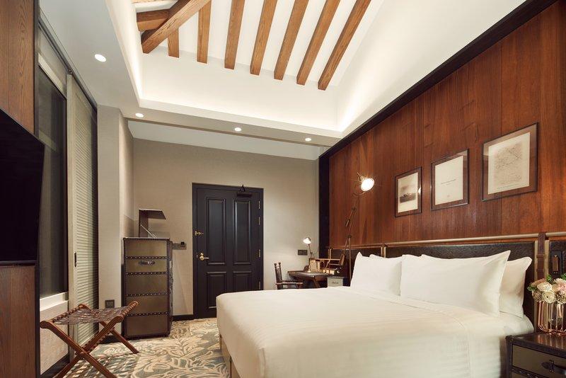 Duplex Premier Room King