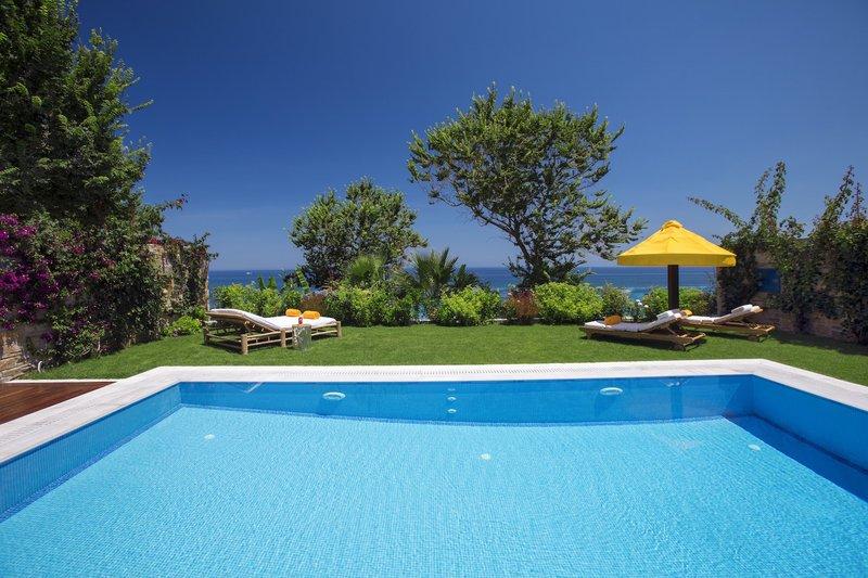 One Royal Spa Villa Private Pool