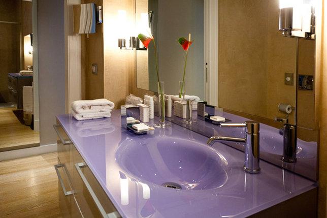 Glamour Deluxe Bathroom