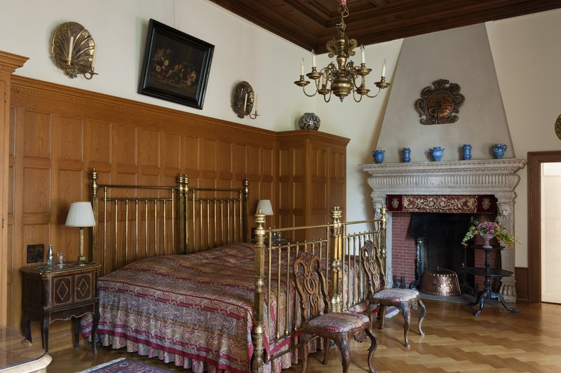 Royal Suite Bedroom