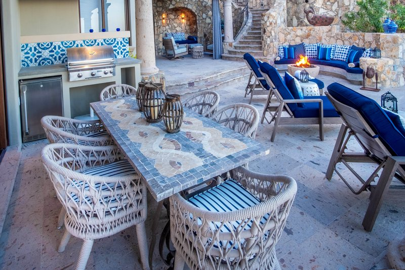 Casita 43 Outdoor Dining